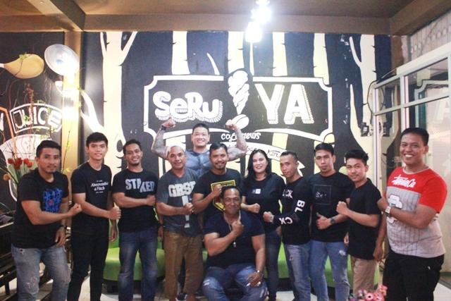 Komunitas gym dan aerobik se-Kota Palopo menggelar bazar di cafe News SeruYA.