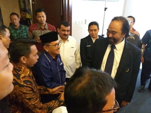 HM Judas Amir bertandang ke Sekretaris DPP Partai Nasdem di Jakarta, Jumat (10/8/2018), sore tadi. Saat berkunjung ke DPP, Judas Amir bertemu dengan Ketua Umum DPP Partai Nasdem, Surya Paloh.