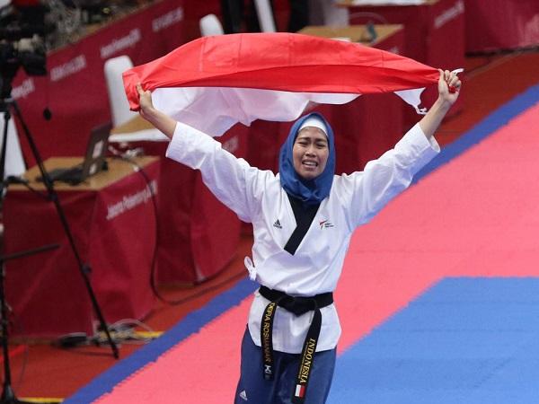 Atlet Takwondo Rosmaniar Defia, penyumbang medali emas pertama Untuk Indonesia
