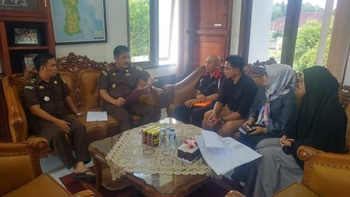 KPU Luwu Utara saat konsultasi ke Kejaksaan Negeri Masamba