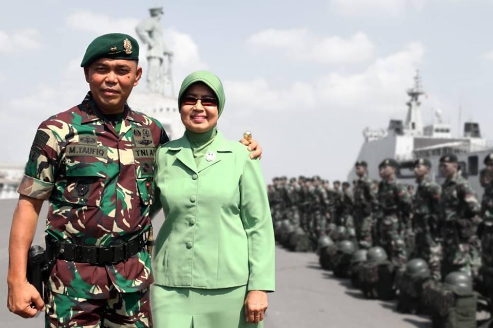 Mayjen Marga Taufiq dan Ny Arinda