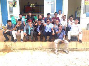 Direksi bersama Dewan Pengawas PAM TM Palopo berfoto bersama insan pers di sela-sela kunjungan ke IPAM Batupapan di Kelurahan Padang Lambe, Kecamatan Wara Barat, Kota Palopo.