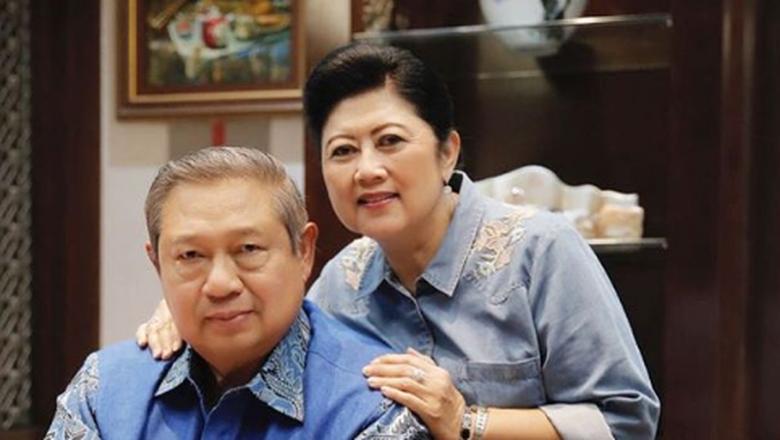 Susilo Bambang Yudhoyono (SBY) bersama istri, Ani Yudhoyono