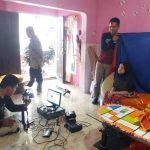 Sasar Penduduk Rentan, Dukcapil Lutim Lakukan Perekaman e-KTP di Rumah Warga
