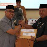 Husler Serahkan Rancangan KUA - PPAS TA 2020 ke DPRD Luwu Timur