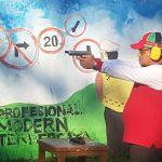 VIDEO : Latihan Menembak, Syukur Bijak Hanya Butuh Sekian Detik Lumpuhkan Sasaran