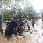 Sudah enam Jam, Jalan Trans Sulawesi Lumpuh Total di Luwu