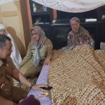 Indah Putri Melayat ke Rumah Duka Orang Tua Arifin Junaidi