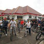 Pangdam Pattimura Keliling Palopo Naik Sepeda, Dandim : Terimakasih Atas Kunjungannya