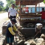 Wabup Luwu Bongkar Drainase ' Aneh' Rp 140 Juta di Desa Senga Selatan