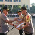 Kapolres Palopo Terima Penghargaan Polisi Teladan dari Polda Sulsel