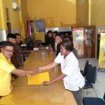 Diwakili  Sekretaris Nasdem, Wakil Bupati Luwu Timur Pendaftar Pertama di Partai Golkar