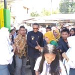 Berkunjung ke SMKN 1 Palopo, Gubernur Sulsel 'Diserbu' Siswa