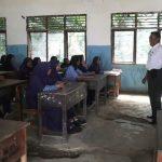 Walau Ruang Kelas Rusak, Siswa SMPN 9 Palopo Tetap Semangat Belajar
