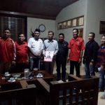 Formulir Pendaftaran Calon Bupati PDIP Luwu Utara Diantar ke Kediaman Thahar Rum