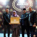 Dinilai Cakap, Bawaslu Palopo Terima Bawaslu Award 2019
