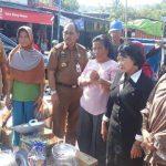 Pemkab Lutim Salurkan Bantuan Korban Kebakaran Pasar Malili