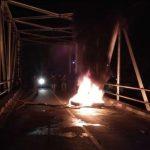 Gawat! Demo Tuntut Pemekaran Luteng Hingga Malam Hari, Jalanan Diblokade