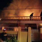 BREAKING NEWS: Rumah Aksan Amir di BTN Merdeka Palopo Terbakar