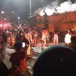 Truk 10 Roda Terbakar di Depan SPBU Salobulo, Jalan Trans Sulawesi Padat Merayap